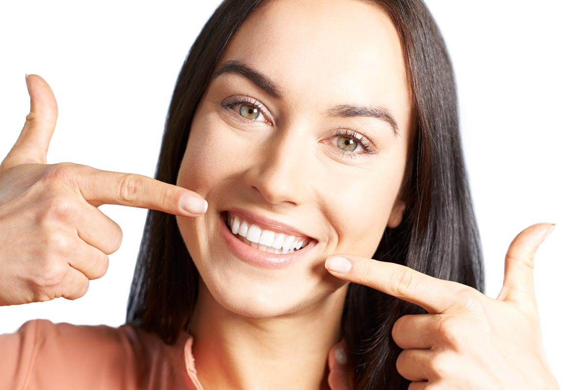 The 4 Best Ways to Whiten Your Teeth