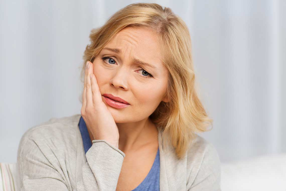 5 of the Best Home Remedies for a Toothache